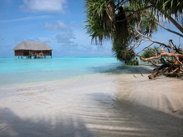 maldives-honeymoon-suite-1-1392225-1920x1440
